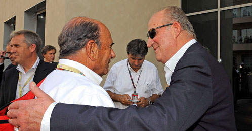 Emilio Botín y Don Juan Carlos charlan amistosamente (EFE)