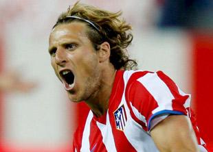 El jugador del Atlético de Madrid, Diego Forlán.