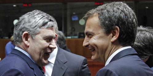 Gordon Brown y José Luis Rodríguez Zapatero (Reuters)