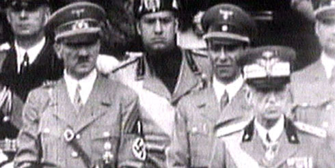 Alfred Hitler y Benito Mussolini.