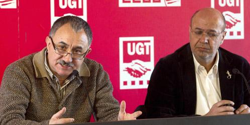 Los secretarios generales de CCOO y UGT de Cataluña, Joan Carles Gallego (d) y Josep Maria Álvarez