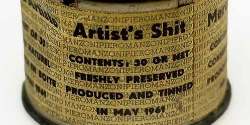 Detalle de una de las latas de 'Merda d'artista', de Piero Manzoni.