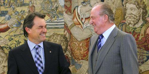 Artur Mas y el Rey Don Juan Carlos, en una imagen de archivo (EFE)