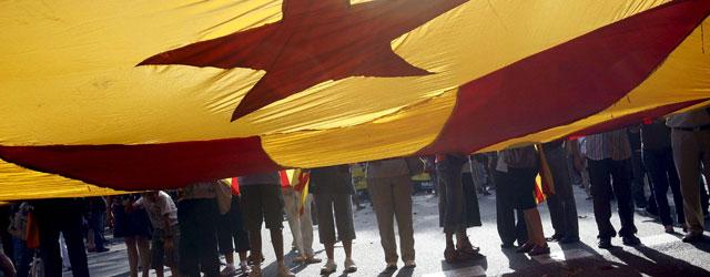 """Una """"estelada"""" o bandera independentista, durante la manifestación de la Diada del 11 de Septiembre (EFE)"""